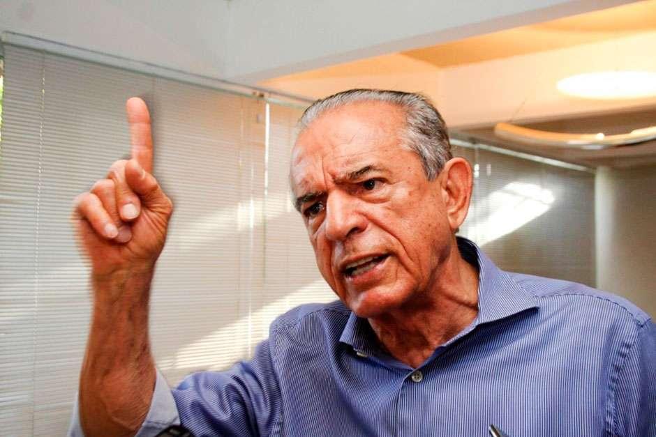 Prefeito foi representado pelo secretário das finanças Oseias Pacheco (Foto: Divulgação)
