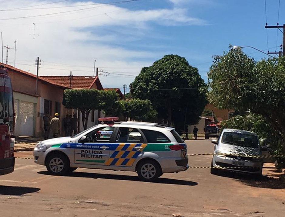 Bandidos assaltam banco em Nova Veneza e colocam artefatos explosivos em gerente