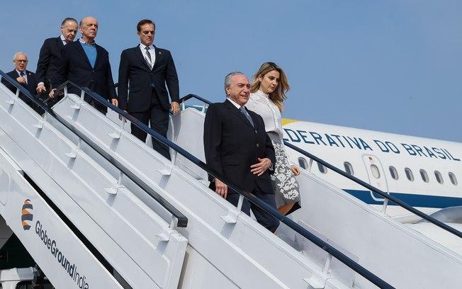 Governo cancela licitação para compra de alimentos de avião de Temer