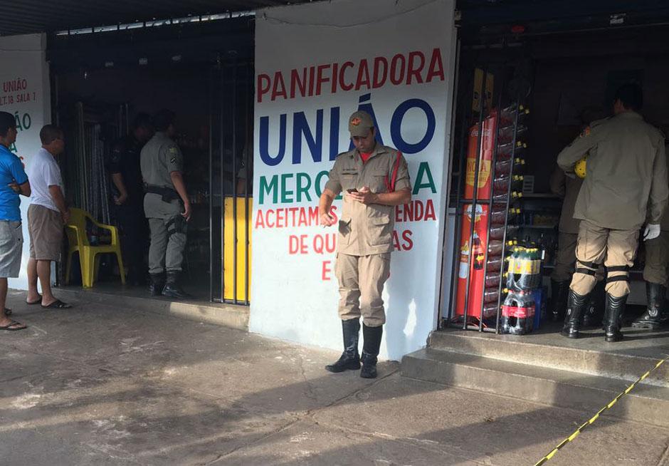 Dona de panificadora é morta a tiros, em Aparecida de Goiânia