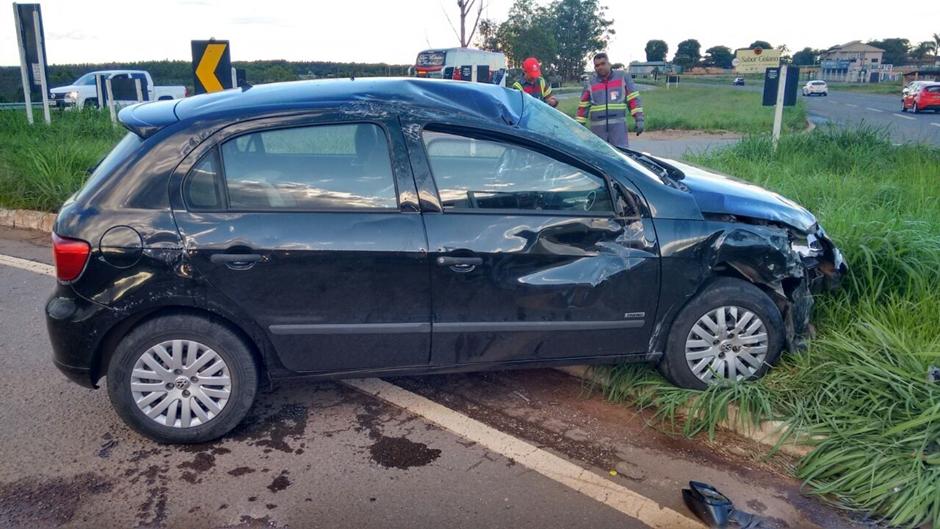 Motorista vai socorrer amigo envolvido em acidente e ambos são autuados por embriaguez