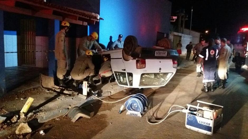 Motorista morre em capotamento em Porangatu