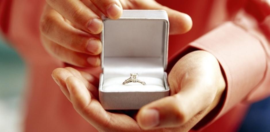 Pedidos de casamentos aumentam no fim do ano, diz pesquisa