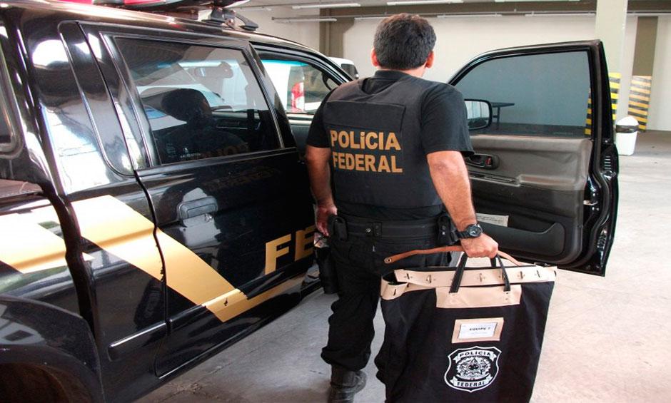 PF realiza operação em gráficas que atuaram na campanha Dilma-Temer