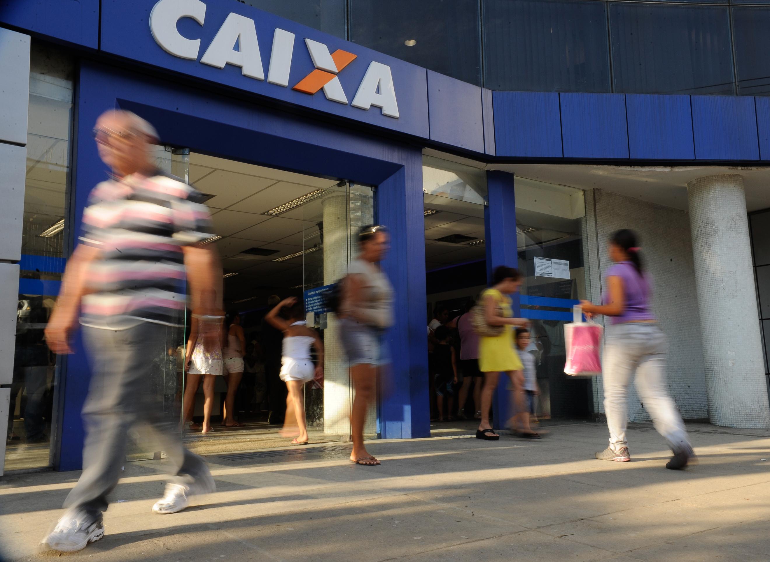 PF prende ex-funcionário da Caixa que desviou R$ 2,5 milhões