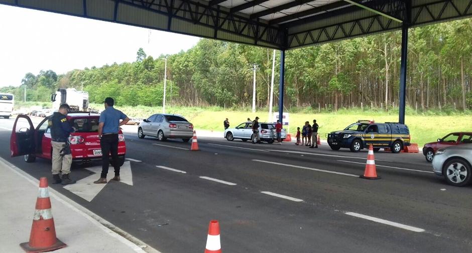PRF realiza operação de fiscalização nas rodovias goianas neste final de semana