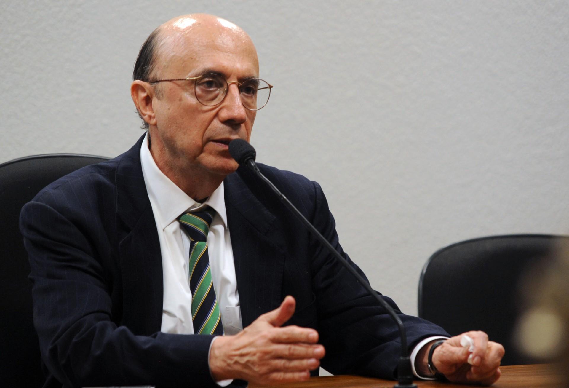 Meirelles diz que não há previsão de ajuda federal a estados em crise