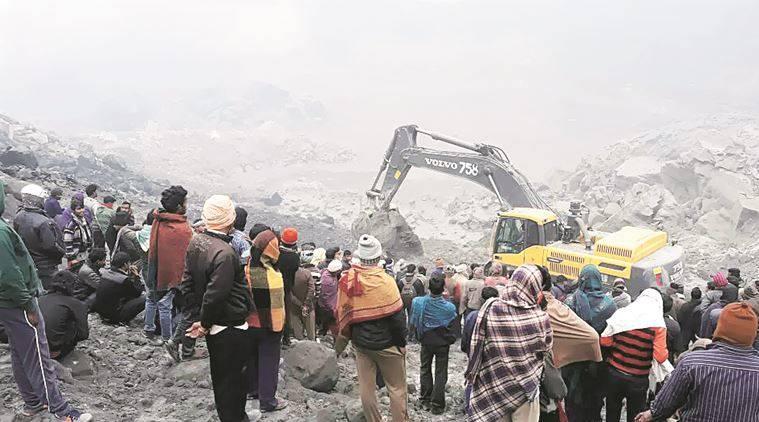 16 corpos são resgatas na Índia após desabamento de mina de carvão