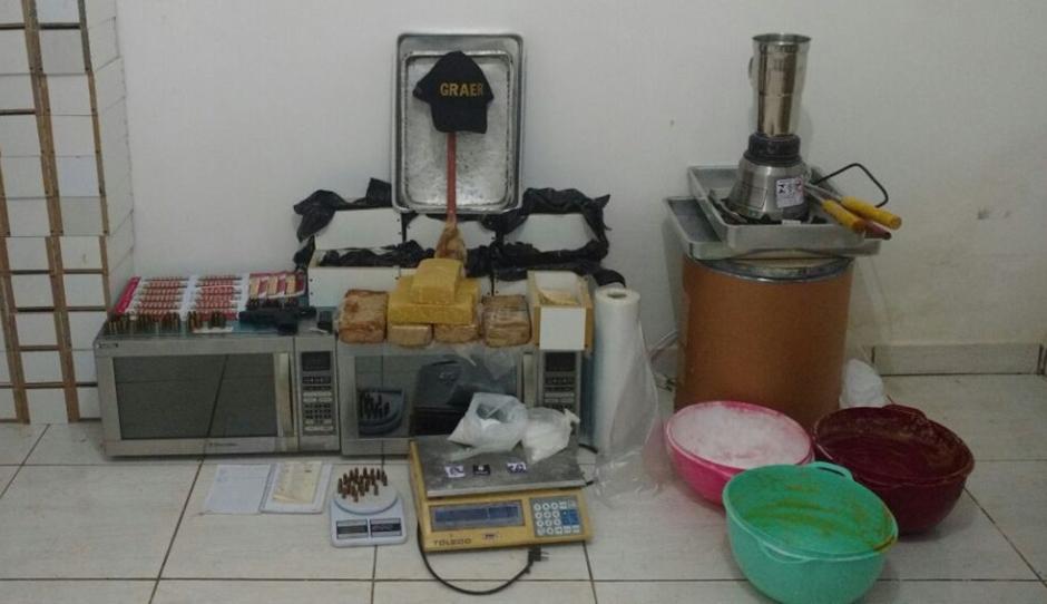 PM fecha laboratório de Crack em Goiânia