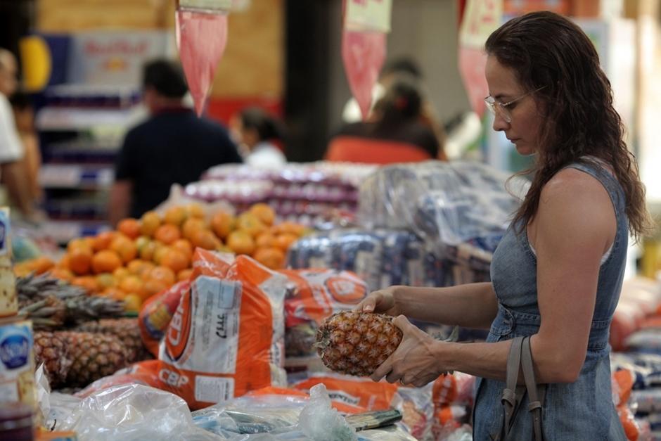 Pesquisa do Procon Goiás revela variação de até 334% no preço dos itens da ceia de Natal