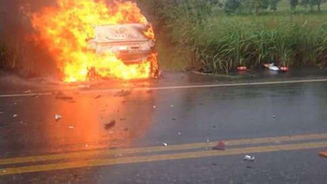 Sete pessoas morreram em acidente na GO-080, próximo a Jaraguá