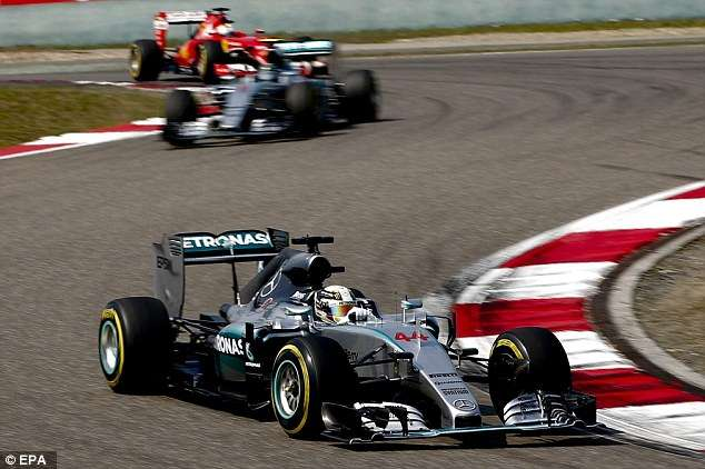 Hamilton vence Grande Prêmio da China e abre vantagem