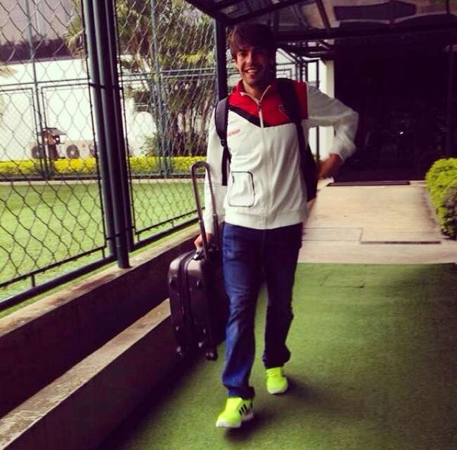 Médico são-paulino não garante Kaká contra o Criciúma