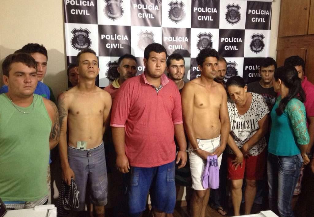 Operação da Polícia Civil em Pontalina cumpre 26 mandados de prisão