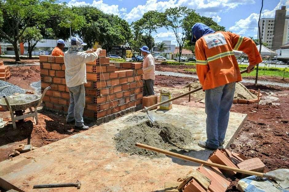 Prefeitura encerra serviços de infraestrutura na Praça Dona Irene Machado