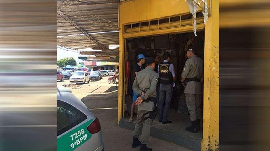 Operação interdita 34 lojas de autopeças na Vila Canaã
