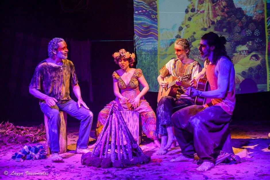 Teatro Goiânia Ouro recebe espetáculo Treição