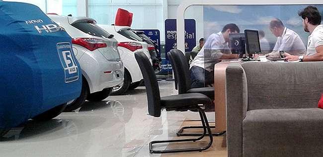 Vendedor de automóvel terá que informar valores de tributos ao comprador