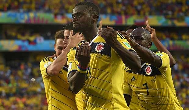 Colômbia vence a terceira e vai pegar o Uruguai nas oitavas