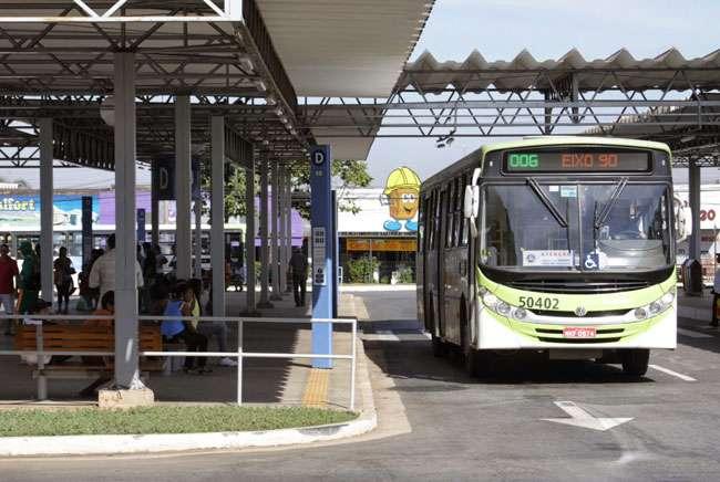 Terminal de ônibus recebe ações de prevenção às drogas