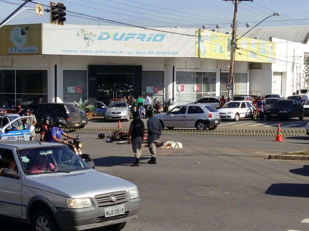 Ciclista morre após ser atingido por motocicleta na Avenida Independência