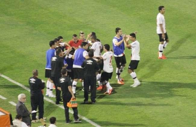 Gol no fim coloca o Joinville na ponta da Série B; Portuguesa é 19ª