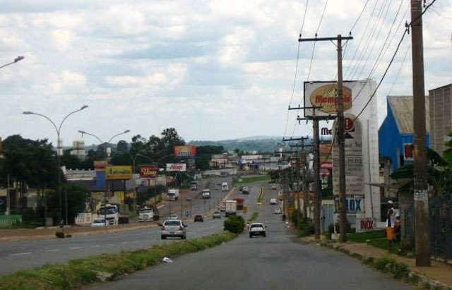 Procon apreende mais de mil produtos vencidos em motéis de Aparecida
