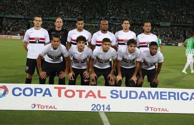 São Paulo é dominado e perde 1ª semi da Sul-Americana