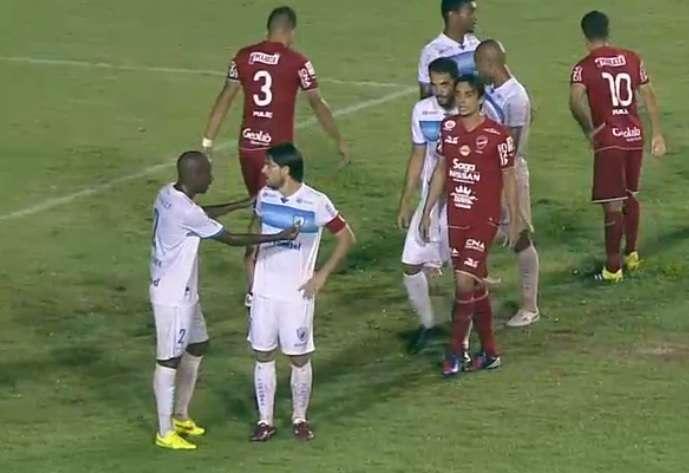 Londrina vence o Vila Novs e sai à frente na luta pelo título da Série C