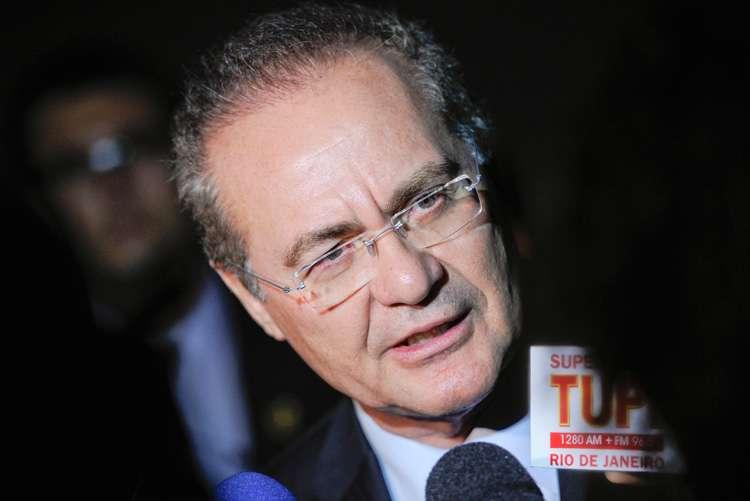 Justiça Federal abre ação de improbidade contra Renan Calheiros