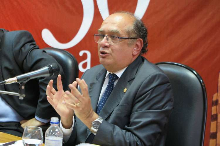 Gilmar Mendes diz que decisão do STF sobre impeachment deve ser rápida
