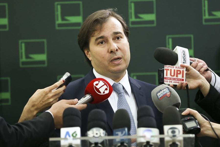 Decisão de Lewandowski abre precedente para votação de cassação de Cunha, diz Rodrigo Maia
