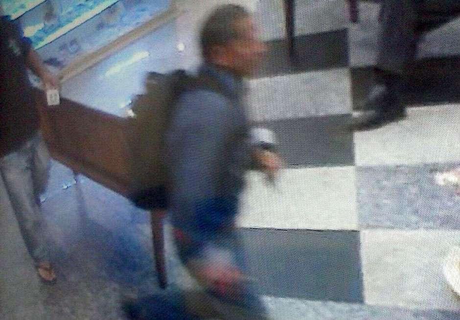 Bandido é preso após roubar joalheria dentro de shopping no Jardim Goiás