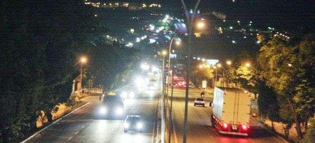 Prefeitura de Goiânia cancela contrato que terceiriza iluminação pública