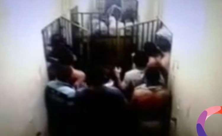 Presos são espancados dentro de cela de presídio de Jaraguá; assista