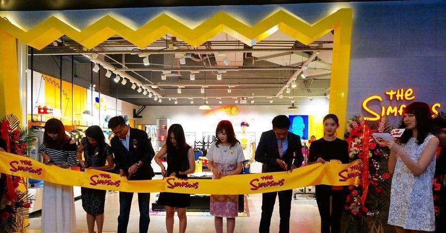 Primeira loja oficial dos Simpsons é aberta… em Pequim!