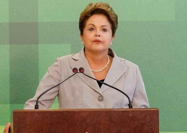 Brasil está de luto e sentido com morte, diz Dilma