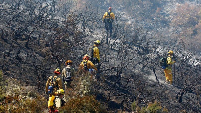 EUA: Incêndio na Califórnia ameaça atração turística