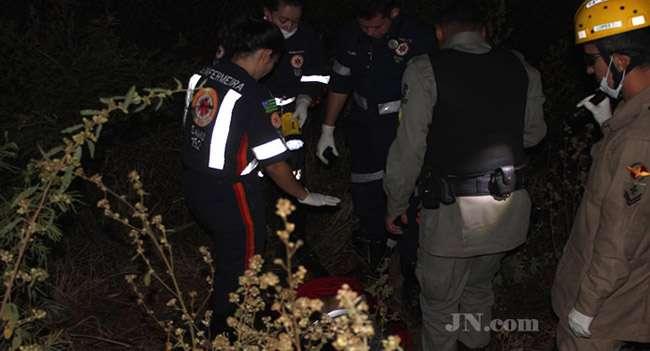 Suspeitos de assaltar hotel morrem em troca de tiros com PM, em Jaraguá