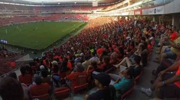 Em adeus, Sport bate vice-campeão São Paulo por 1 a 0