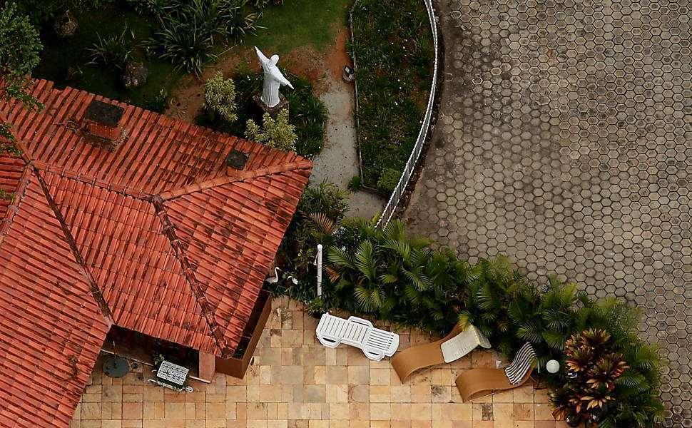 Minuta de contrato de 2012 mostra que sítio de Atibaia seria transferido para Lula