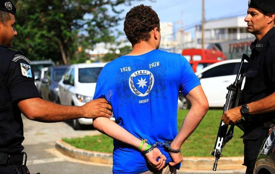 Presos suspeitos de assaltos em ônibus do Eixo Anhanguera