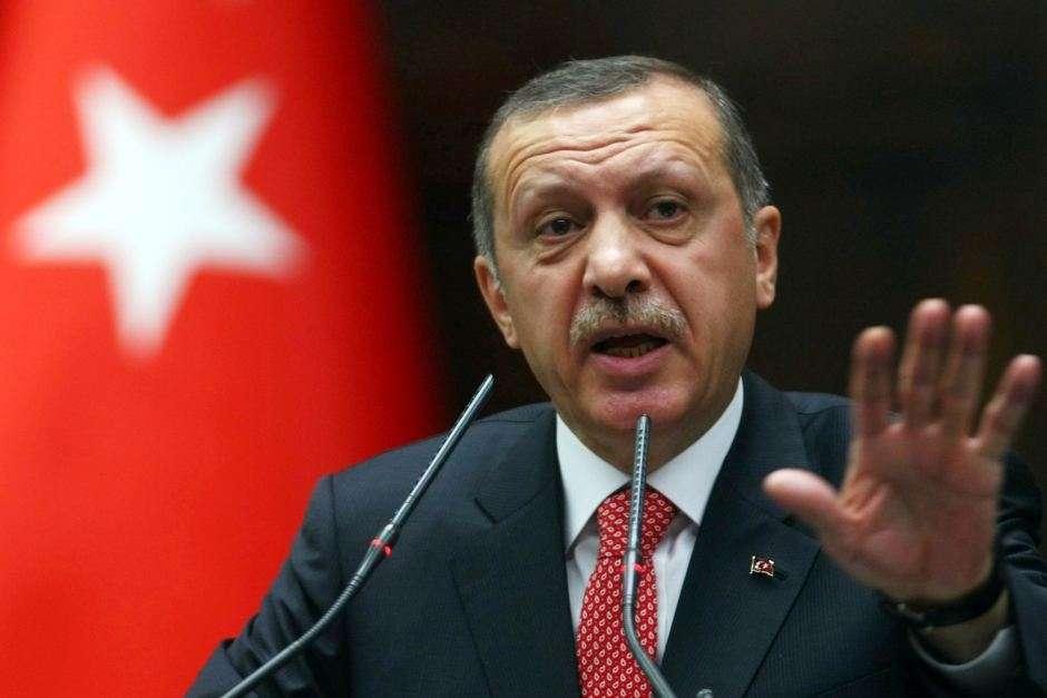 Presidente turco assume controle do Exército