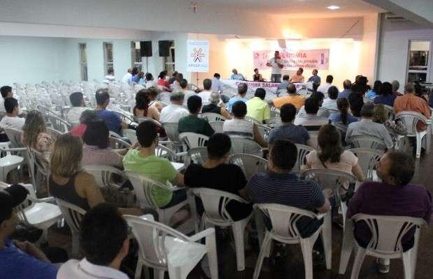 Em assembleia, bancários da Caixa decretam fim da greve em Goiás