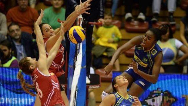 De virada, Brasil ganha da Turquia no Mundial de Vôlei