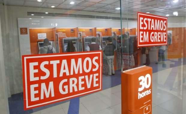 Bancários entram em greve a partir de terça-feira