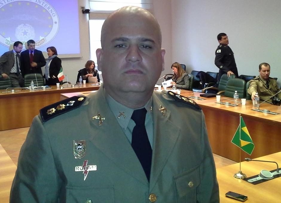 Comandante da PM teria recebido dinheiro de mandante de crimes em Goiás