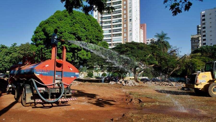 Começa a revitalização da Praça do Sol, no setor Oeste
