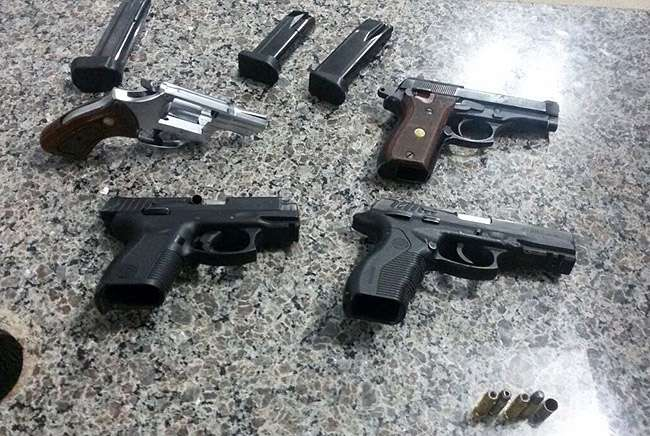 Crescem apreensões de armas e de drogas em Goiás