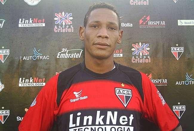 Marcão, ex-Atlético-GO, revela acerto com o Vila